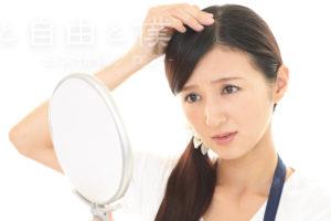 アイコスを吸うとハゲるって本当?ハゲ薄毛の改善と事前対処法